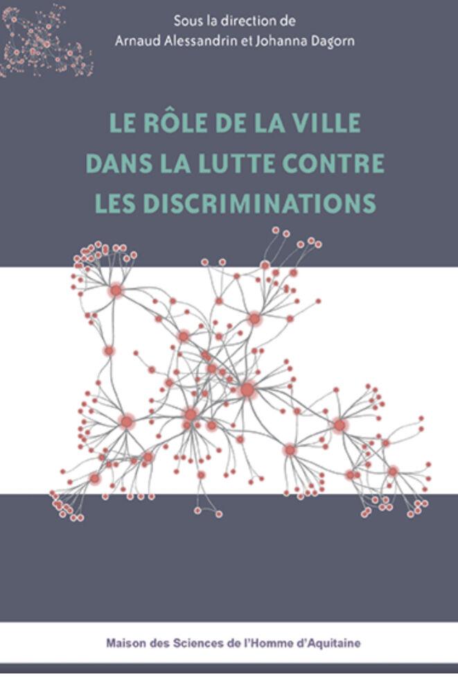 """Couverture du livre intitulé """" Le rôle de la ville dans la lutte contre les discriminations"""", éditions MSHA."""